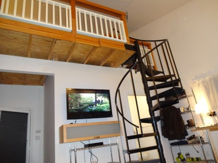 stairs. Loft Style Guest House 1 Bed   1 Bath